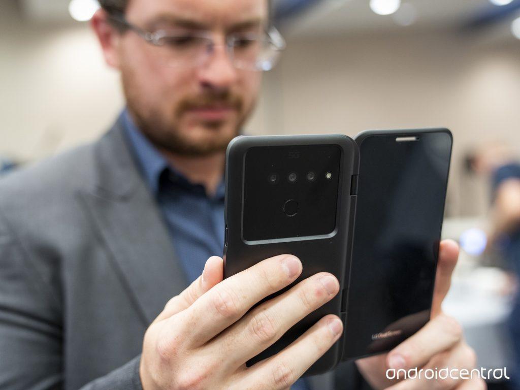 Новый смартфон LG V50: 5G связь, пять камер, два экрана и много нового