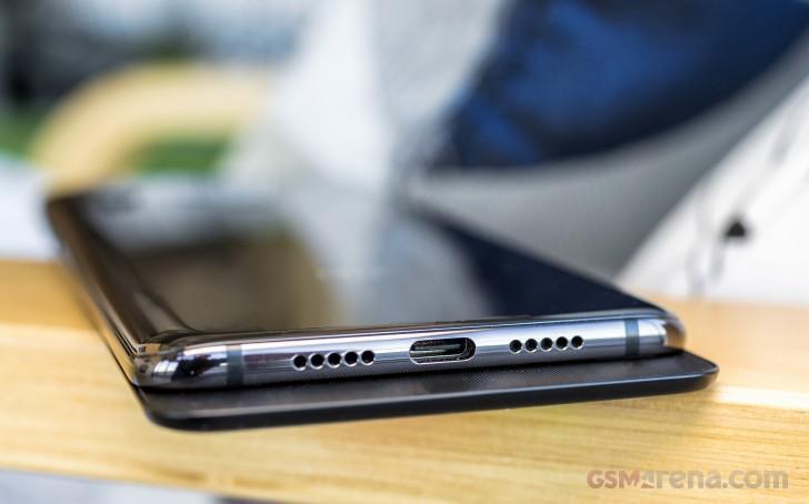 Практический обзор Xiaomi Mi Mix 3, всё по полочкам