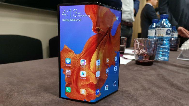 Новый складной смартфон Huawei Mate X  цена от 2500 долларов, не дорого ли?