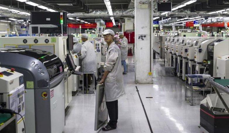 Сотрудники Foxconn теряют заработную плату и льготы из-за плохих продаж iPhone
