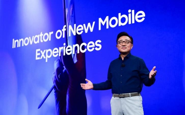Samsung продал как минимум 400 000 Galaxy Folds в 2019 году