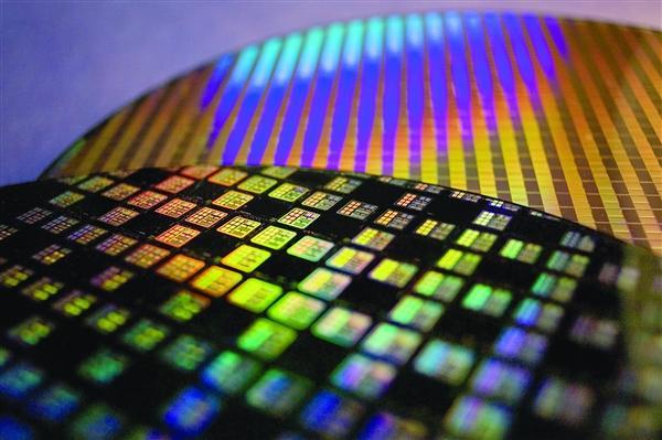 Huawei сократила долю чипов Qualcomm с 24% до 8,6%