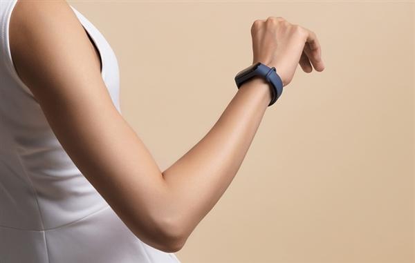 Realme скоро выйдет на рынок фитнес браслетов