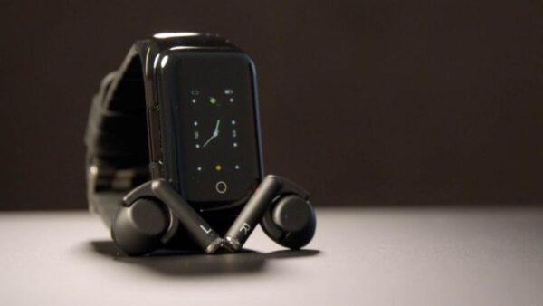 Apple Watch с AirPods внутри?